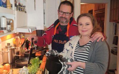 Taija ja Ilari Angervo kokkaavat aasialaisittain lohdutuksena peruuntuneesta konserttikiertueesta